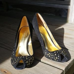 Sigerson Morrison black pumps with gold studs size